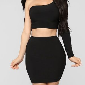 Black skirt/top set